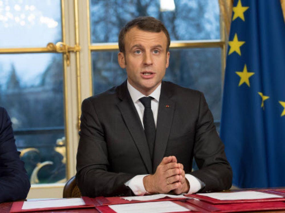 E. Macron drapeau européen